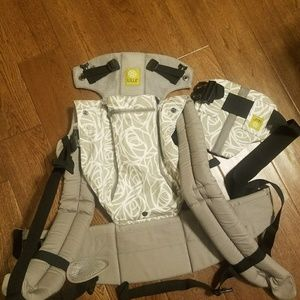 Lille baby complete all seasons baby carrier. NWOB
